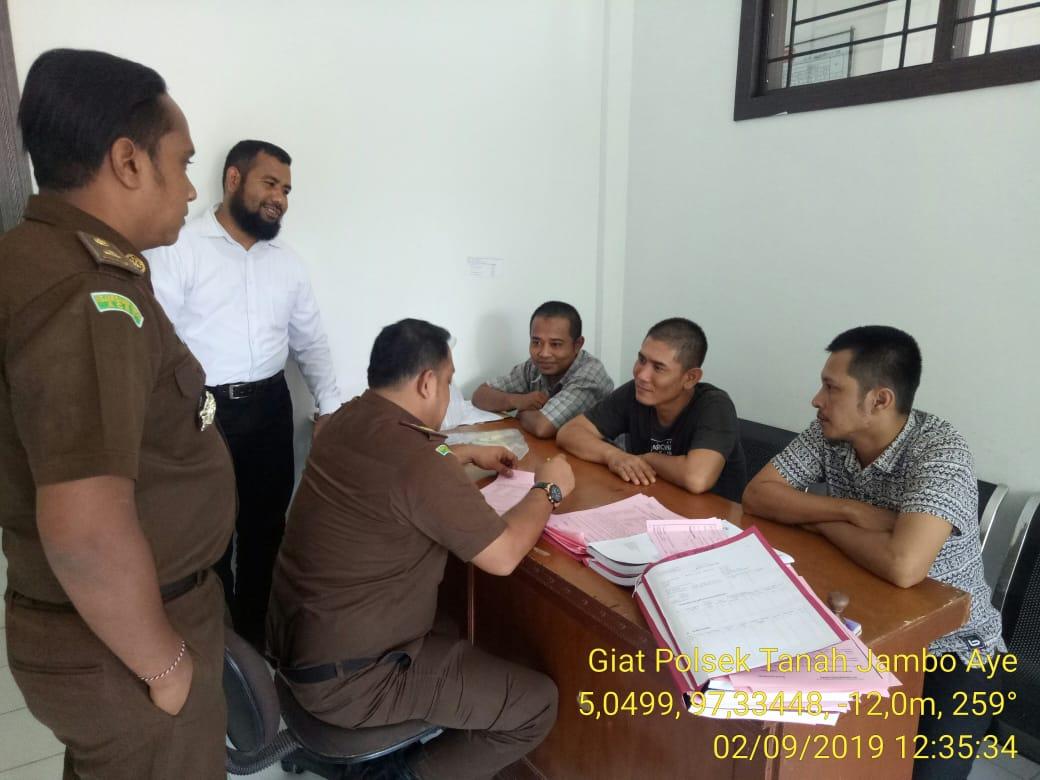 Berkas Kasus Rampung, Pria Asal Bandung dan 2 Temannya diserahkan ke Kejari