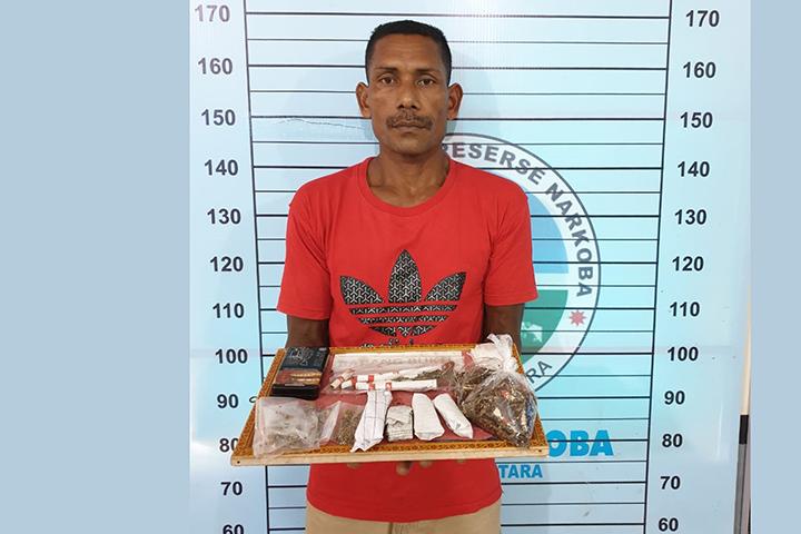 Pria Asal Bukit Sentang Ditangkap, 8 Paket Ganja Diamankan