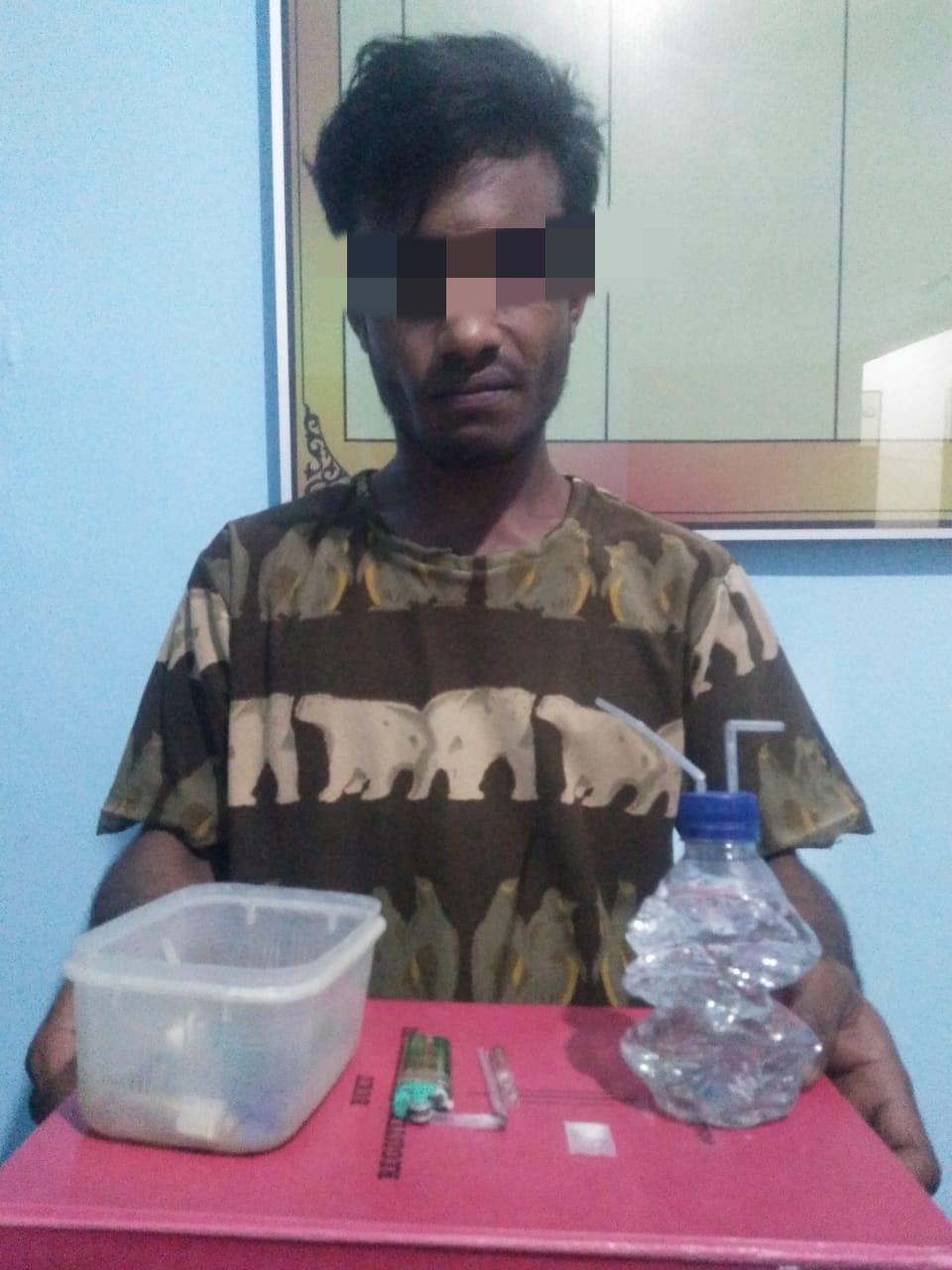 Gerebek Sebuah Rumah, Polisi di Seunuddon Tangkap Seorang Pria Lagi Asik Nyabu