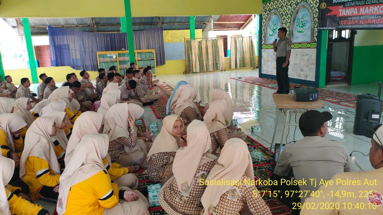 Polsek Tanah Jambo Aye Gencar Beri Penyuluhan Narkoba Pada Pelajar
