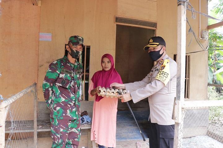 Bakti Sosial Serentak, Polres Aceh Utara Bagikan 190 Paket Sembako