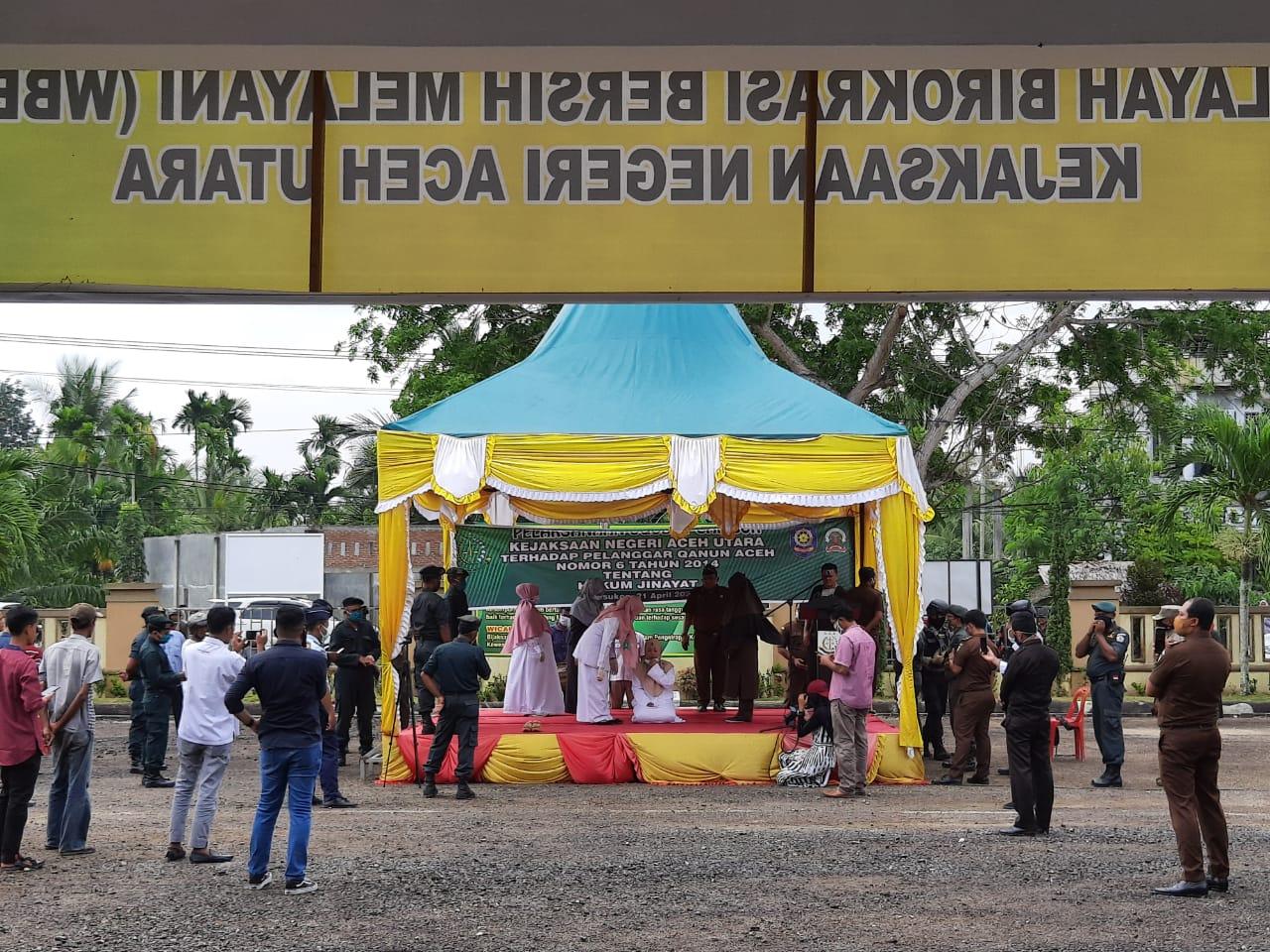Empat Terpidana Pelanggar Qanun Jinayat di Aceh Utara Jalani Eksekusi Cambuk