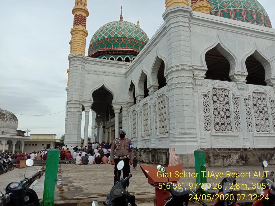 Wisata Ke Masjid Raya Pase