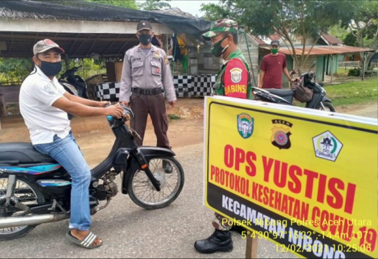 Polsek Nibong Gelar Ops Yustisi Disiplinkan Warga Patuhi Prokes