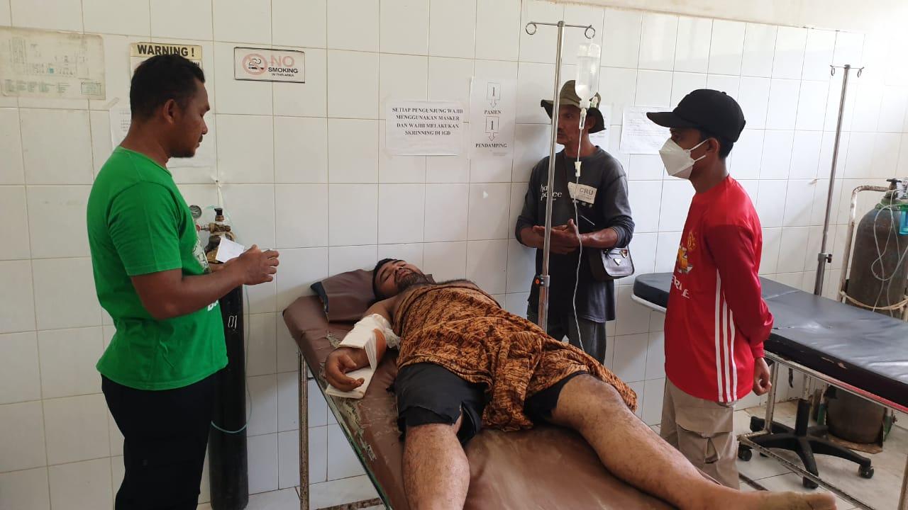 Diserang Gajah Jantan Liar, Rizki Kritis Tertusuk Gading