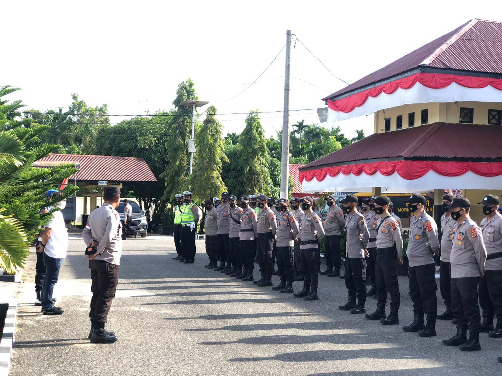Polres Aceh Utara Kerahkan 100 personil mengamankan Aksi demo dikantor DPRK Aceh Utara